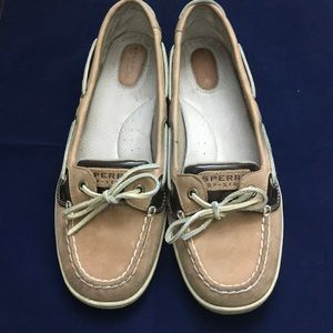 Women's size 10 Sperry top sider leopard shoes